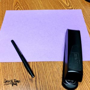 Do you have construction paper in your speech room or in your staff room? This post is all about how to use what you have to make sorting foldables! Click through to see this super easy, DIY foldable option.